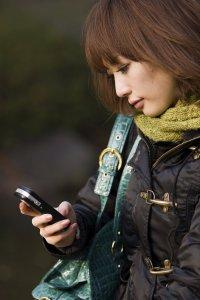 girlwithphone